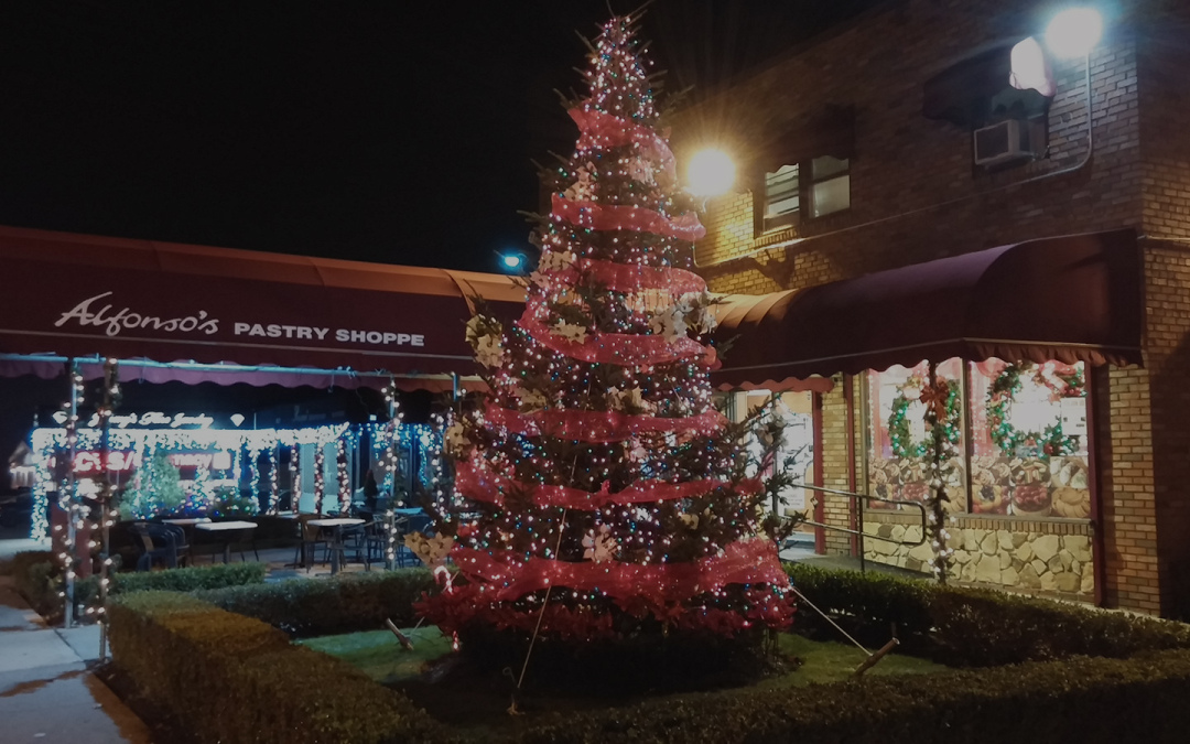 Join Us for Our Second Annual Tree Lighting Event
