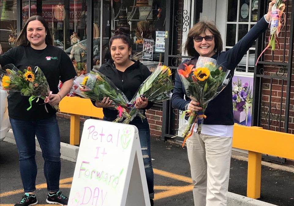 Random Acts of Kindness Reach Victory Blvd. (Clark's House of Flowers)